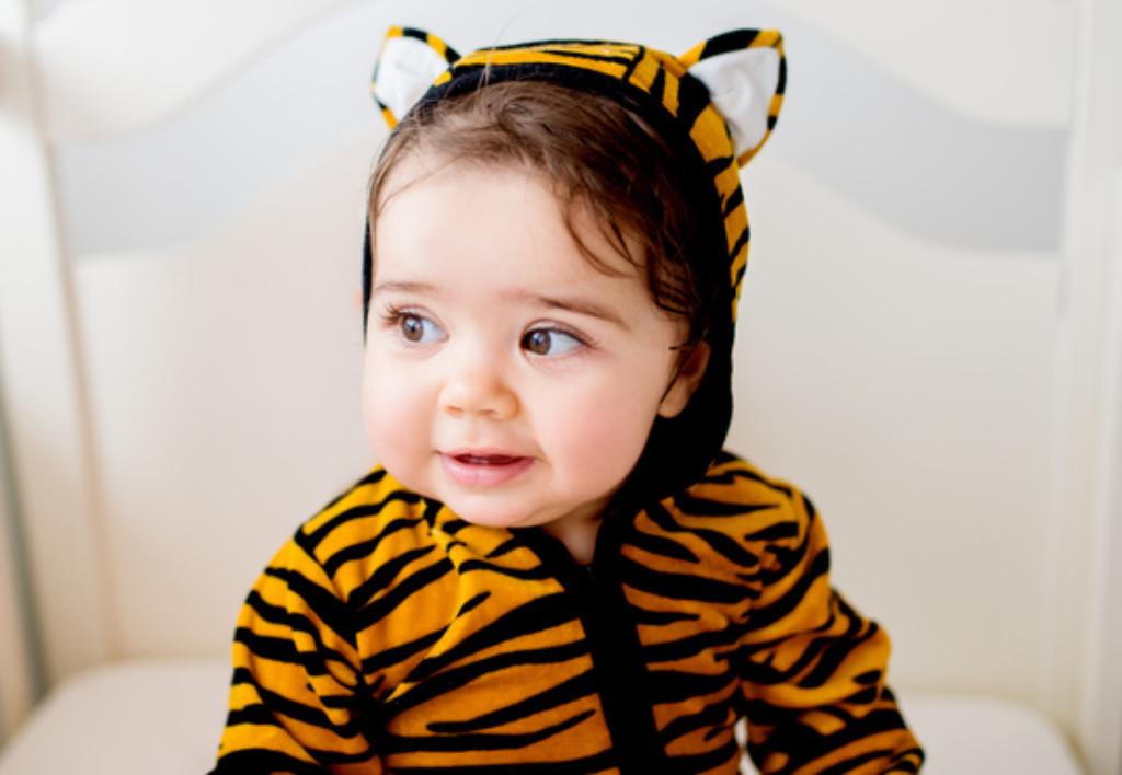 Dziecko w stroju tygrysa