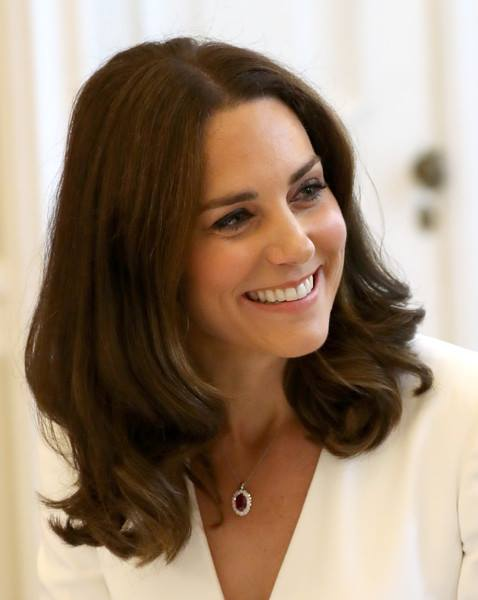 Księżna Kate rodzi