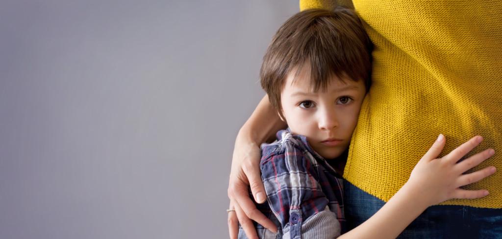 Dziecko na obozie: co zrobić, gdy płacze
