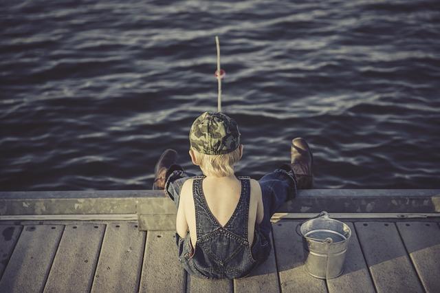 Trauma we wczesnym dzieciństwie uszkadza mózg