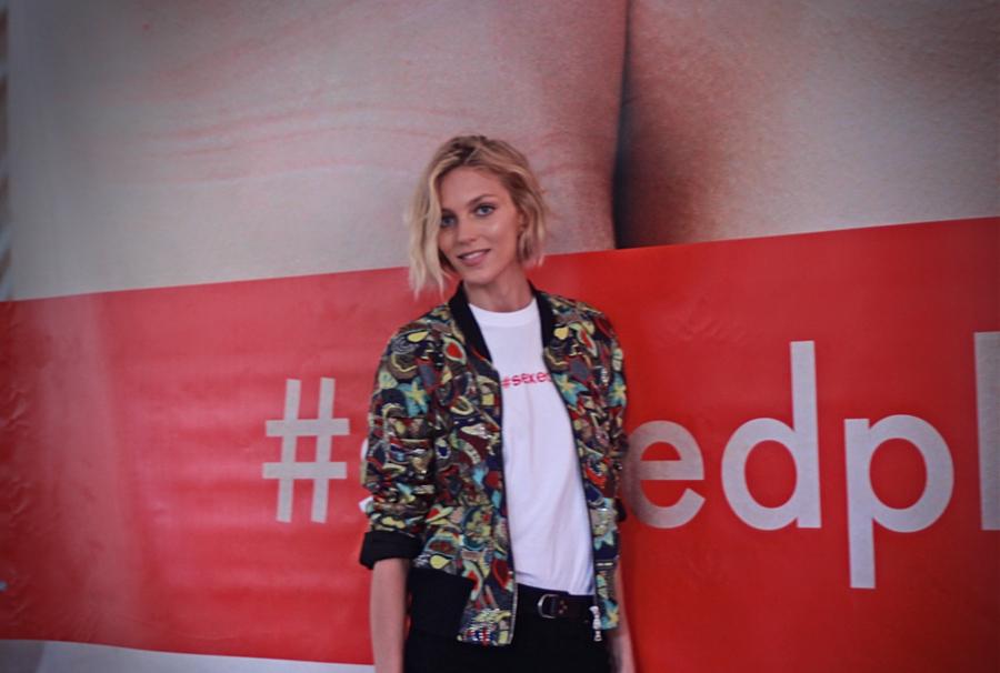 Anja Rubik podczas promocji książki #SEXEDPL